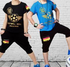 【ゆうめーる送料込み】韓国子供服【新作】半袖フットボールセットアップジャージ100cm〜150cm