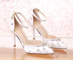 ポインテッドトゥ ウエディングシューズ 花嫁 ハイヒール 披露宴 二次会 パーティー レディース靴 ビジュー ストラップ付G-146