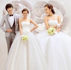 ウェディングドレス プリンセス風 結婚式 チュールワンピース花嫁  ブライダル五重チュール ロング丈ベアトップ 二次会