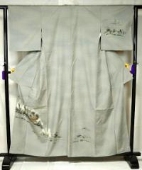 紬 淡いグレー 風景柄 付下げ 身丈160cm 裄丈62.5cm 中古 T843