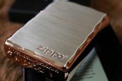【Armor ZIPPO】 重厚アーマー ジッポロゴ シルバーサテン&ピンクゴールド 両面コーナーカット彫刻 銀 Zippo シンプル アーマージッポ