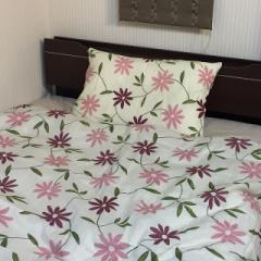 送料無料 日本製 綿100 m 毛布カバー145x205cm ひも4本 ブルー ピンク 可愛い花柄 布団カバー120本ガーゼ両面プリント お得 安い