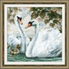 RIOLISクロスステッチ刺繍キット No.1726 「White Swans」 (白鳥) 【海外取り寄せ/納期1〜2ヶ月】
