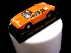 【新品】絶版 SUNTORY BOSS メタルキャストミニカー (ランボルギーニカウンタック サントリー) 037193