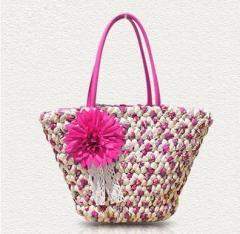 【お取り寄せ】かごバッグ トート型 リゾート風 編み編み フラワー コサージュ付き (ローズピンク)