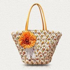 【お取り寄せ】かごバッグ トート型 リゾート風 編み編み フラワー コサージュ付き (オレンジ)