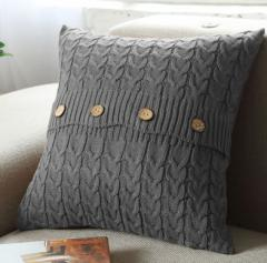 【お取り寄せ】クッションカバー ニット ケーブル編み 木製ボタン付き 北欧風 (グレー)