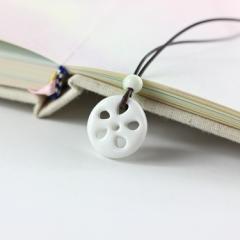 ネックレス レンコンのモチーフ 陶磁器製 陶器ビーズ ワックスコード
