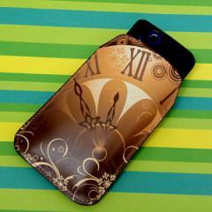 本革(レザー) スマートフォンケース【185 時を刻む針( 黒ベース)】 【Lサイズ】iPhone5/ARROWS Kiss F-03E/MEDIAS U N-02E 等汎用