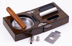 灰皿Prestige Import Group - Folding Wood Cigar Ashtray Set w/Cutter - Color: Walnut