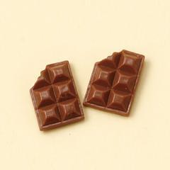 茶/食べかけ板チョコ型マグネットピアス