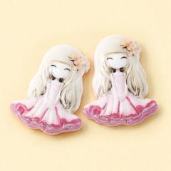 ピンク/微笑む女の子のマグネットピアス