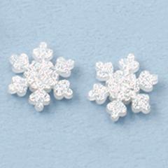 ラメ入り雪の結晶マグネットピアス