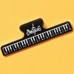 黒/ピアノ鍵盤柄ブッククリップ