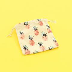 アイボリー/パイナップル総柄巾着袋