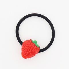 イチゴ/フルーツモチーフのヘアゴム