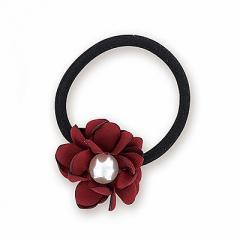赤/パール付き花のヘアゴム