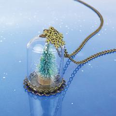 夜光/ガラスドーム入りツリーのネックレス