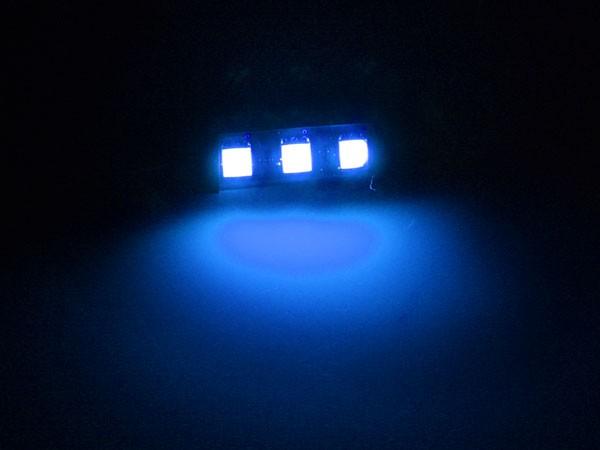 LEDドレスアップの可能性無限大∞!3chip SMD3連テープLEDブルー