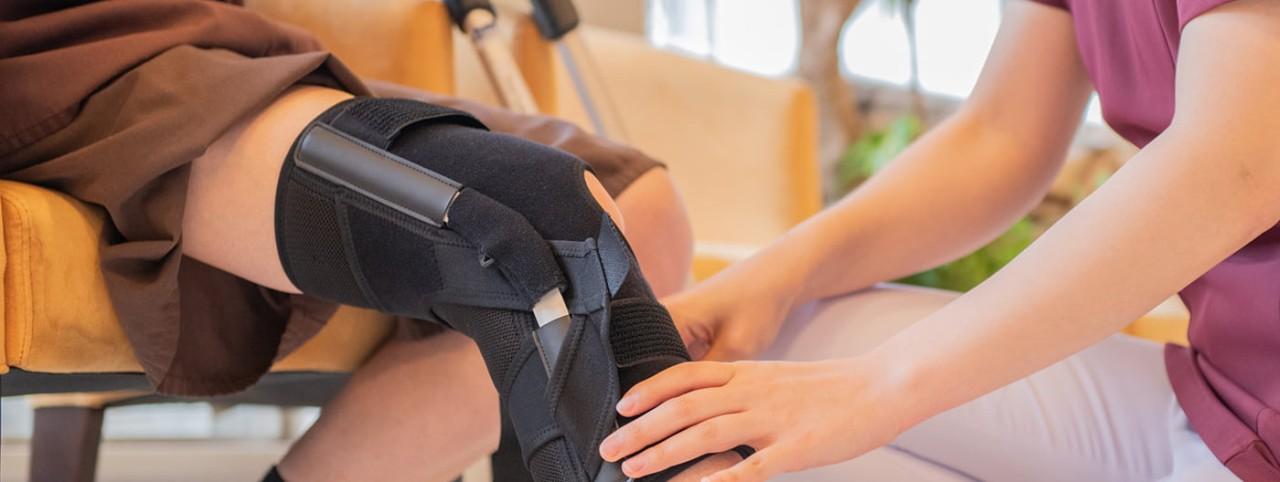 腰痛コルセット、膝サポーター、足首サポーター、骨盤ベルトを使った痛みの治療ならコルセットミュージアム