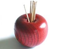 りんごっこ楊枝入れ 欅 (赤)【返品・交換・キャンセル不可】【逸品館】