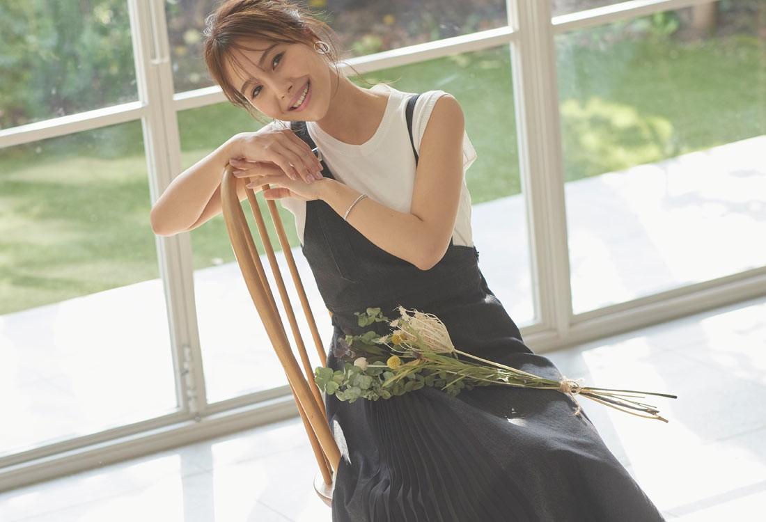 石川理咲子さんが着る春コーデ