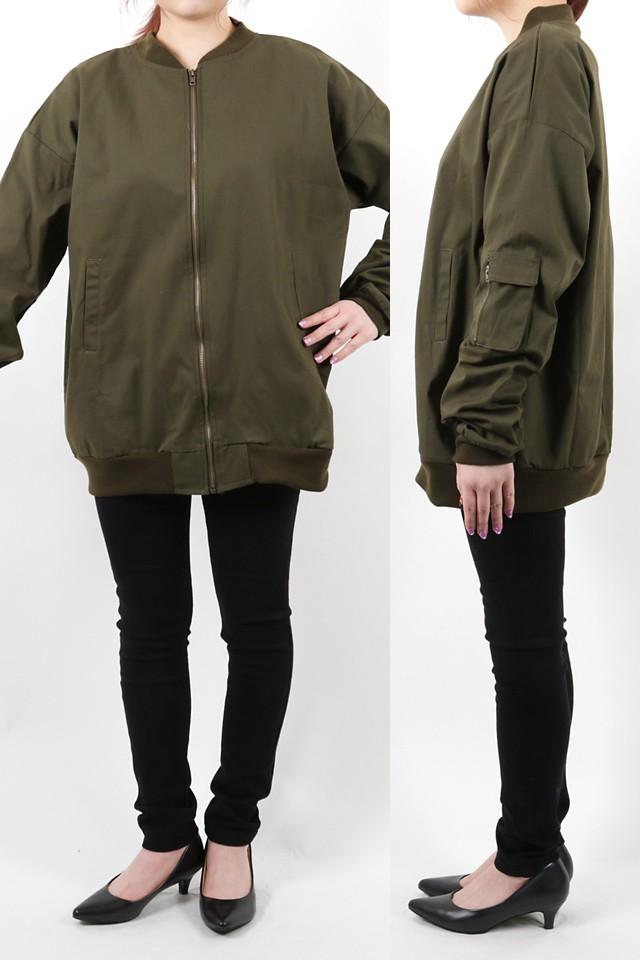 152cmのモデルが着丈72cmのジャケットを着たイメージ