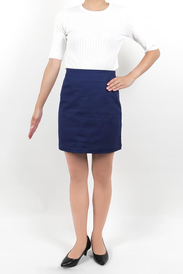 158cmのモデルが着丈41cmのスカートを着たイメージ