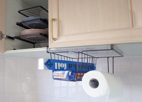吊り戸棚の下や食器棚の収納グッズ
