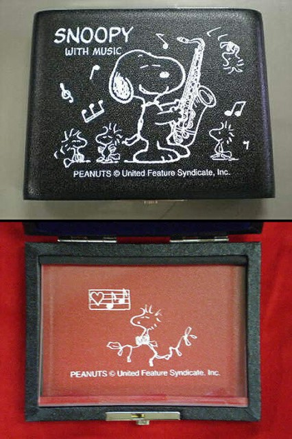 SNOOPY WITH MUSIC「STS-05」 スヌーピー×リード...