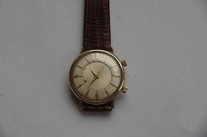 【送料無料】腕時計 ウォッチサイズケースキャリ...