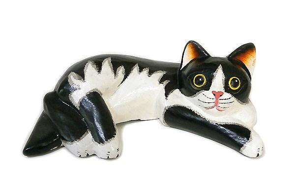 木製 横向き ネコ 木彫り ねこ 黒白 木製 ネコ イ...