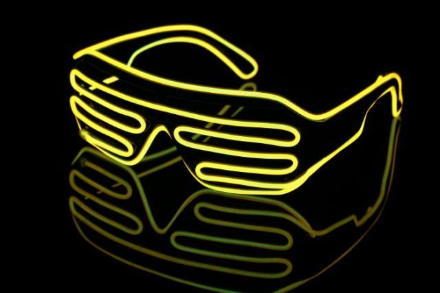 イベント コスチューム 光る サングラス メガネ コスチューム グッズ パリピ 光るブラインドサングラス 黄眼鏡 プチ仮装 小道具 LED イン