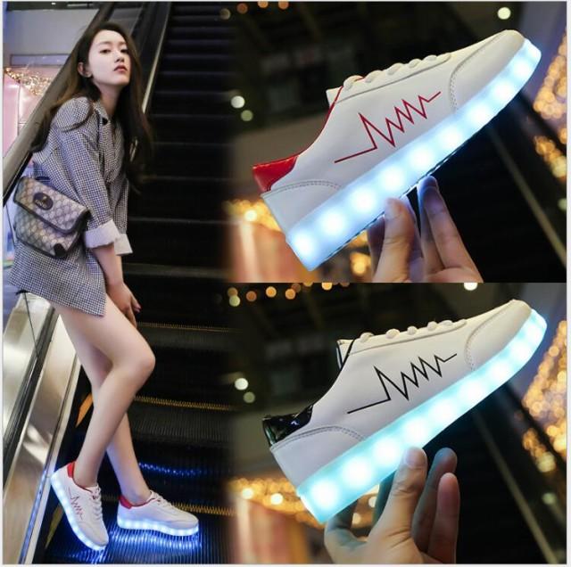 送料無料 LEDスニーカーシューズ 光る靴 光るス...
