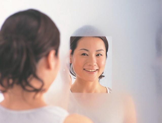 【日本製】 お風呂場の鏡を曇らない鏡に!耐久性...