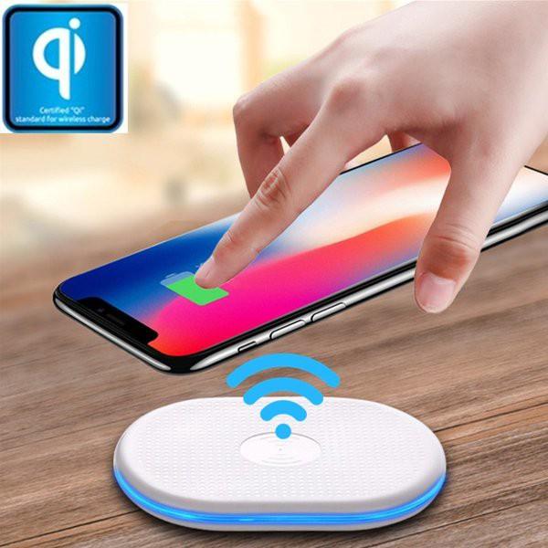 Qiワイヤレス充電器 急速充電 QI 基準 無接点充電...