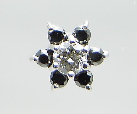K18 WG 天然ダイヤ &ブラックダイヤ フラワーピア...