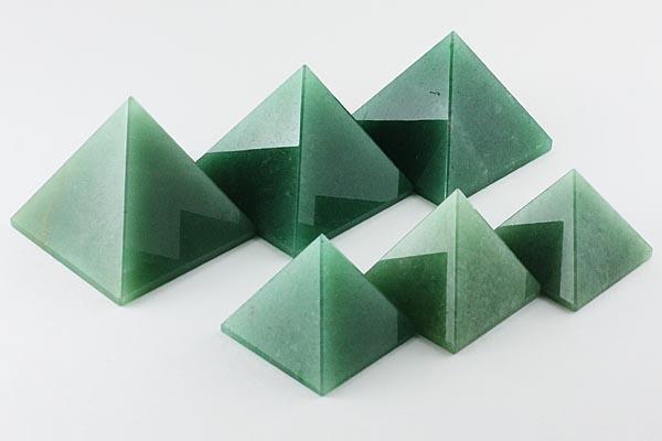 【置き石】ピラミッド型 約40mm アベンチュリン/...
