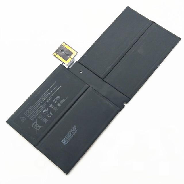 新品同様 Microsoft Surface Pro5 1796 G3HTA038H...