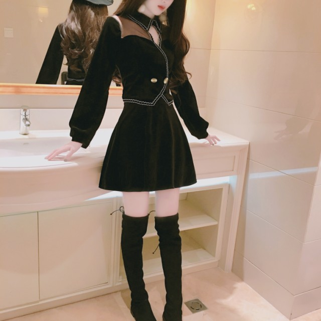 シースルー感が可愛いAラインスカート+トップス...