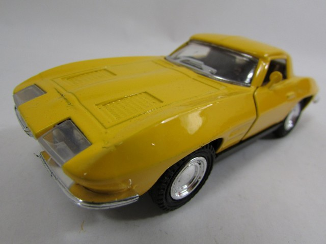 Sound & Light 1/32 Chevrolet Corvette 1965 Cla...