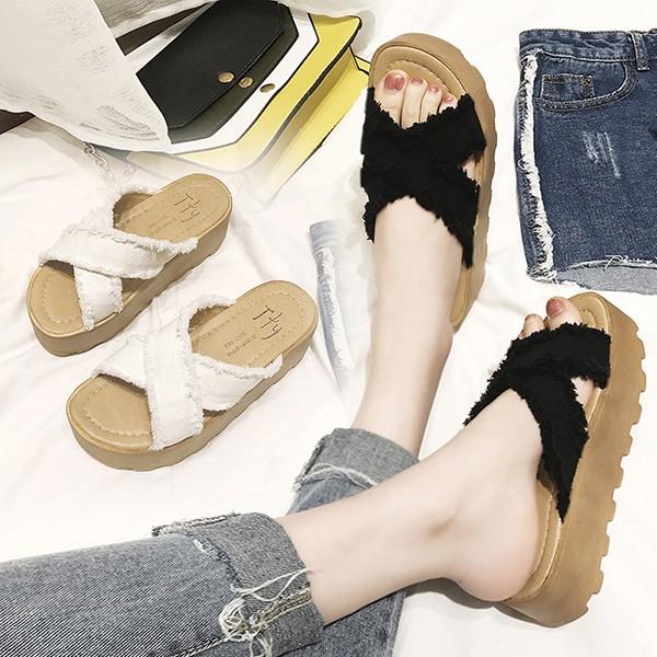 大人気!夏の靴韓国フリンジサンダル ダブルベル...