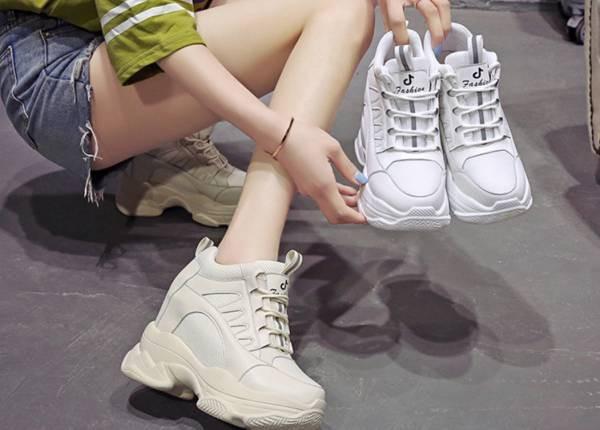 2019新作欧米風 レディーススニーカー 靴 厚底11c...