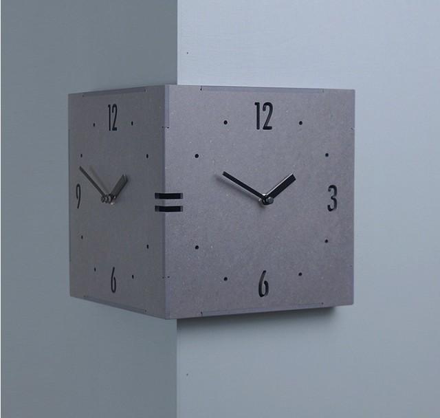 コーナー両面時計 ハンドメード 木製両面壁掛け時...