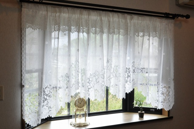 ☆ふんわり花柄パイルレース 出窓用カーテン 1...