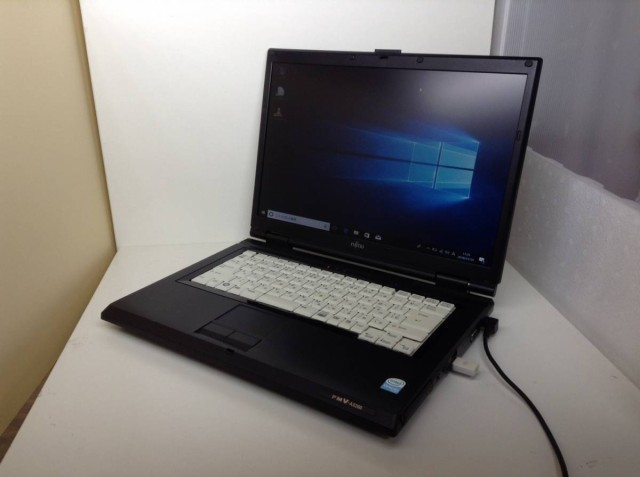 富士通 FMV-A8260●Windows10 64bit メモリ2ギガ...