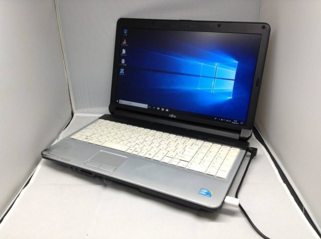 富士通 LIFEBOOK A530/AX●Windows10 64bit メモ...