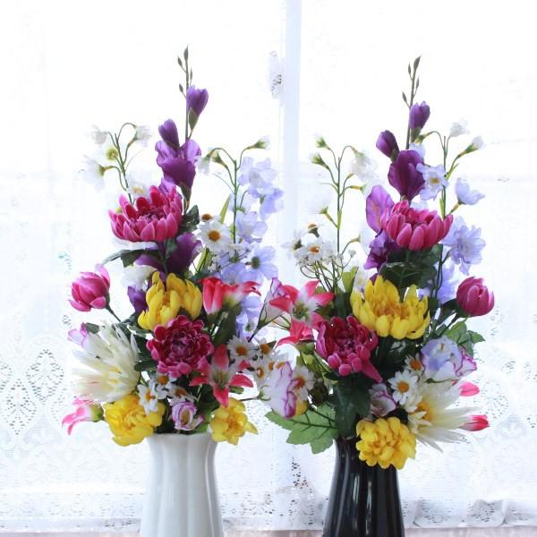 造花 仏花 グラジオラスと菊の花束 一対 花器付き...