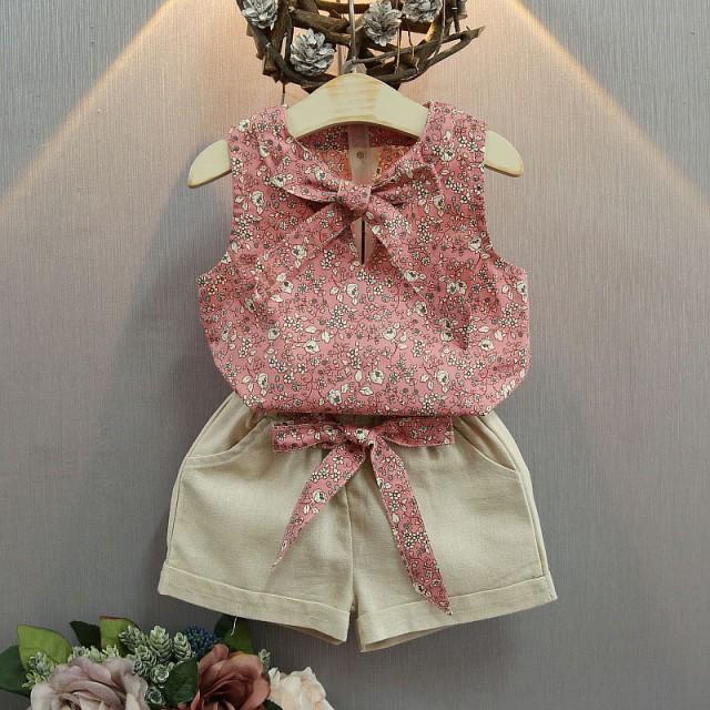 【KIDS】花柄トップス+ショートパンツ セットア...