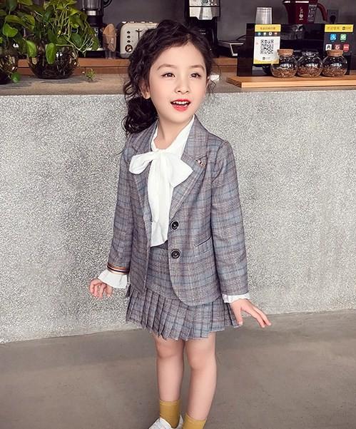 【KIDS】マニッシュなチェック柄スーツ プリーツ...